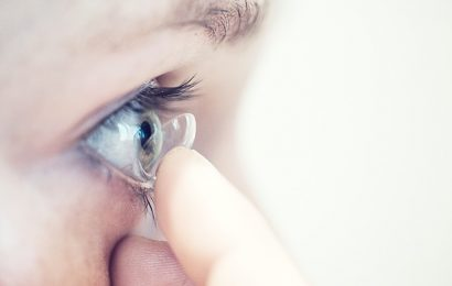 Contact lenses: A guide for first-time users