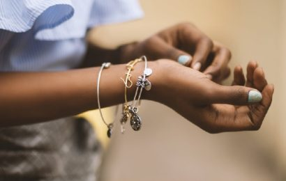 4 TIPS FOR CHOOSING THE SUPPLIER OF SEMI JEWELRY TO RESELL